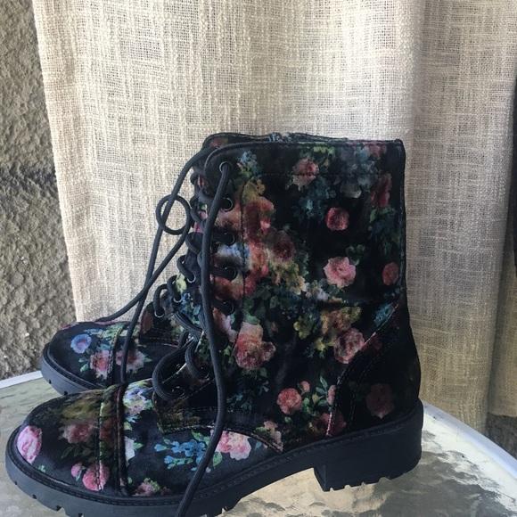 6bb463e15b5 Madden Girl Eloisee Combat Booties Flower Print